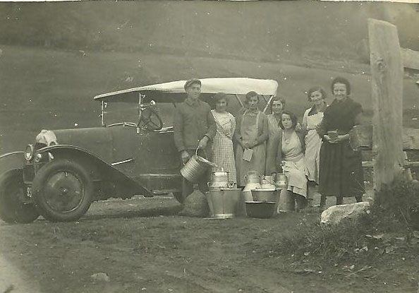 Mikéou ramassage du lait Vincent René, Léonie, Gabrielle