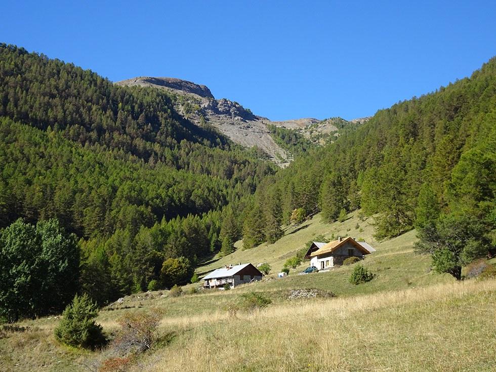 Le hameau des petites montagnes de Bouffard