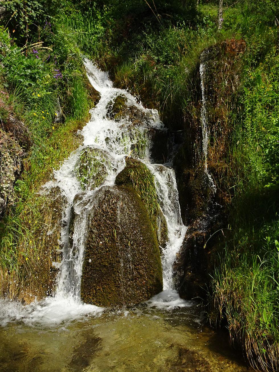 Le ruisseau de la Grande Combe au pont des Moulinets
