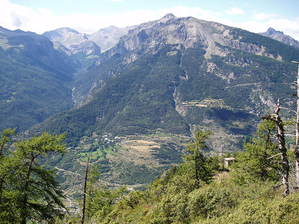 Le versant sud est de la Tête de Fouran.
