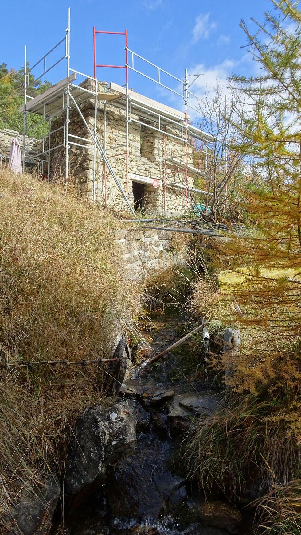 Céries : sortie du tronçon enterré du canal de Manouel